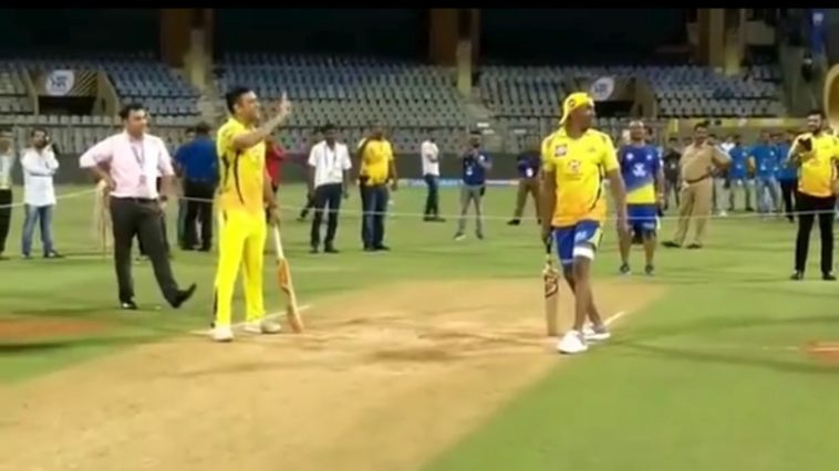 Bravo you are an old man: MS Dhoni, Bravo challenge Dhoni for a sprint