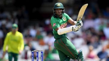 Shakib Al Hasan to auction 2019 World Cup bat to raise funds for COVID-19