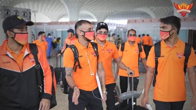 Sunrisers Hyderabad at Mumbai Airport before departure