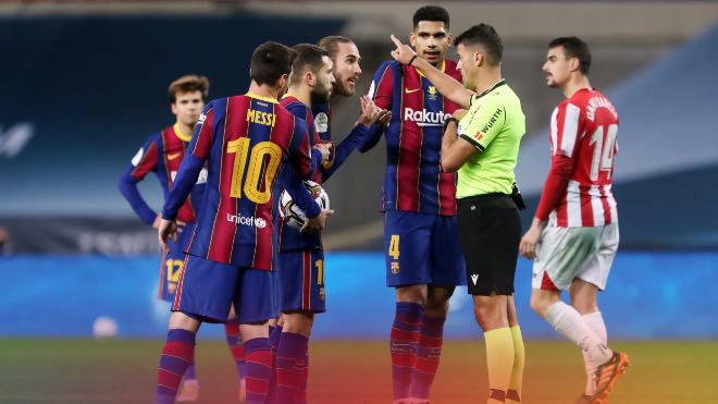 Lionel Messi suspended for 2 matches for hitting Asier Villalibre