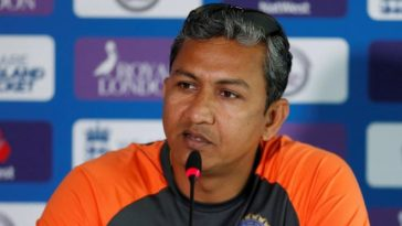 RCB appoints Sanjay Bangar as batting consultant for IPL 2021