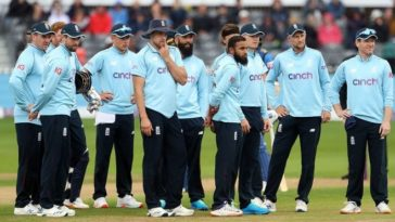 7 members of England squad for Pakistan series found COVID-19 positive, forced the team to self-isolate